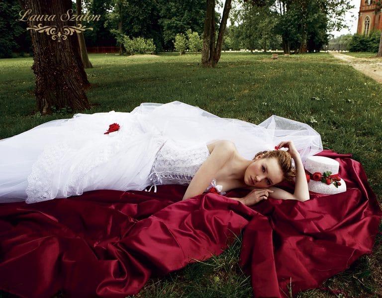 Fűzös Atelier Emé menyasszonyi ruha.