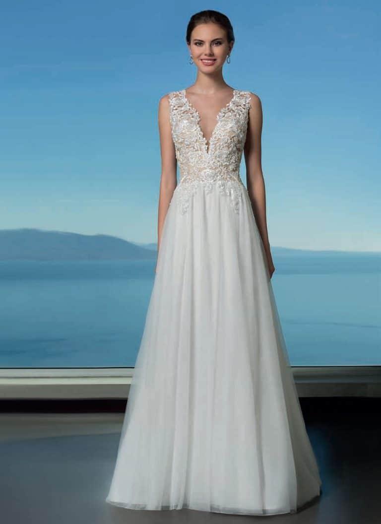 A-vonalú menyasszonyi ruha