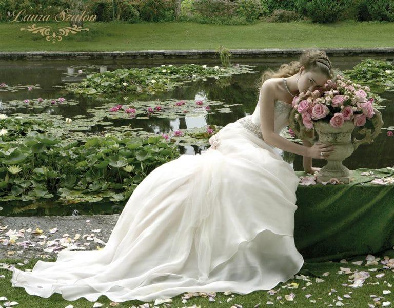 Atelier Emé menyasszonyi ruha.