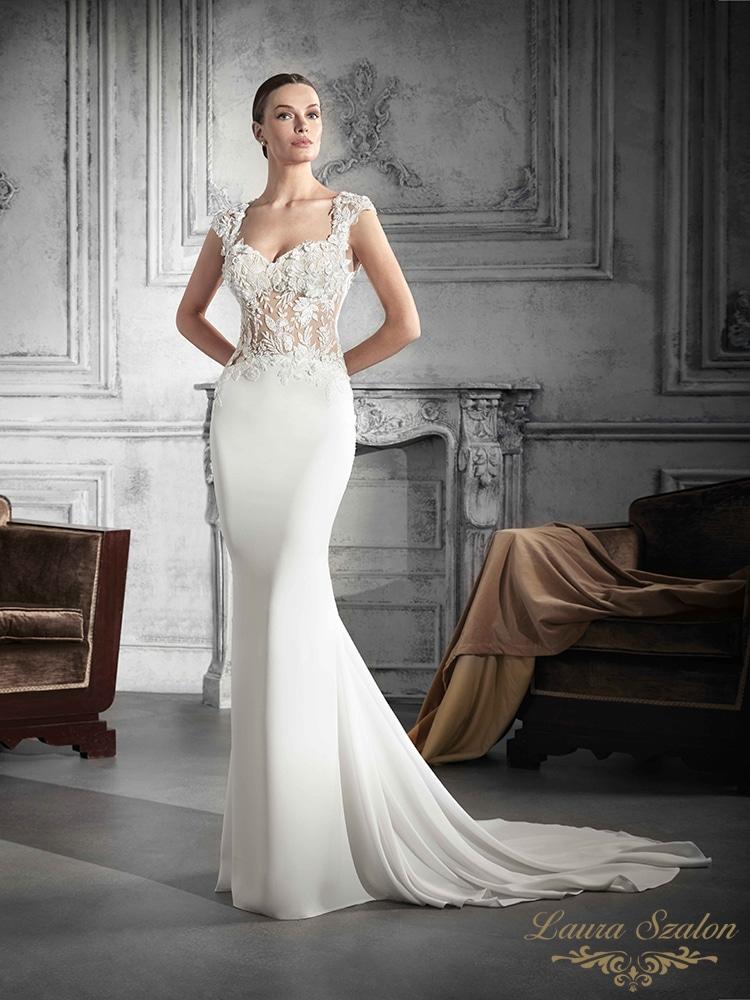 Elegáns, sellő fazonú Demetrios menyasszonyi ruha.
