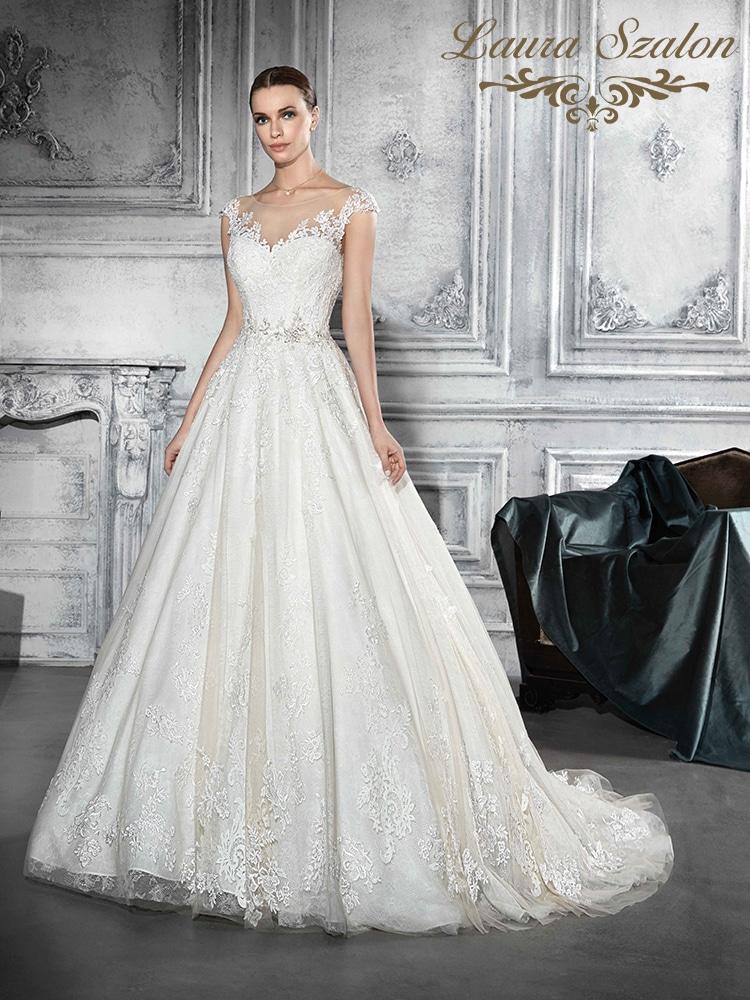 Demetrios menyasszonyi ruha.