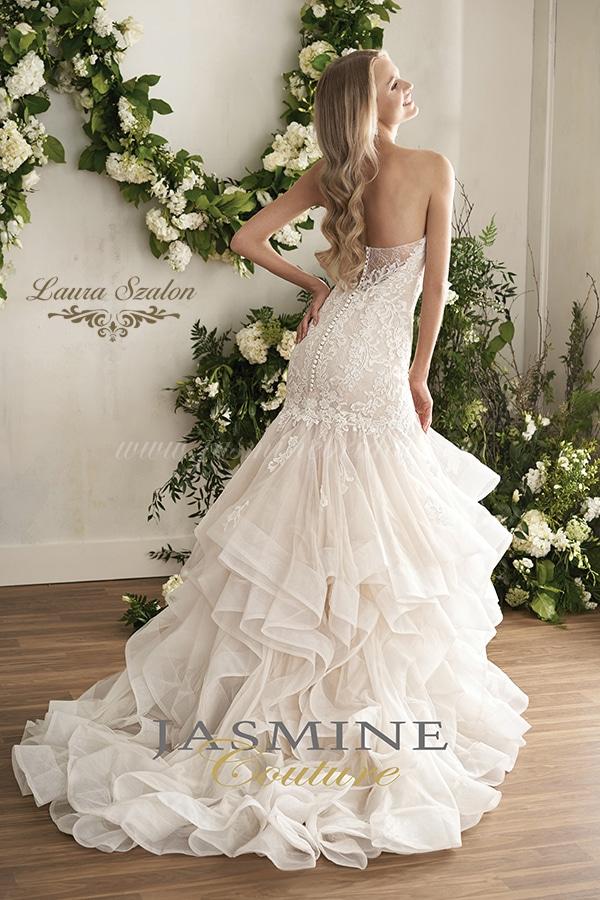 Vízhullámos és pánt nélküli kölcsönözhető Jasmine Couture menyasszonyi ruha.