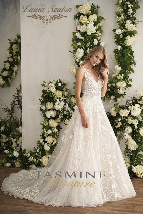 Vintage, csipkés Jasmine Couture menyasszonyi ruha.