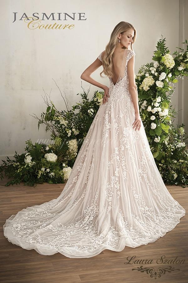 Klasszikus, hátul kivágott Jasmine Couture menyasszonyi ruha.