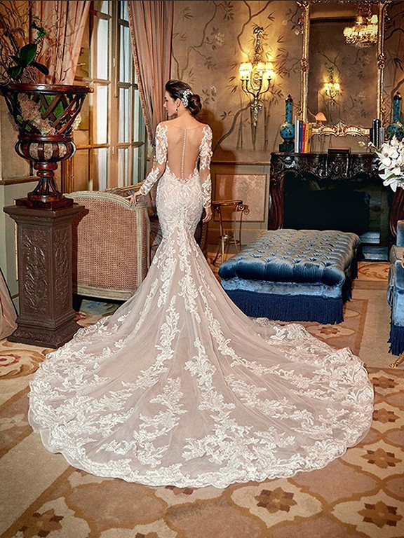 Demetrios Platinum menyasszonyi ruha DP429