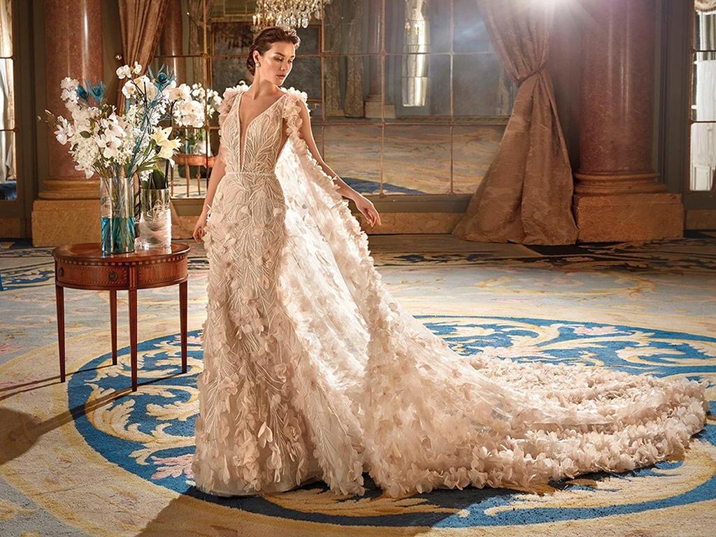 Demetrios Platinum menyasszonyi ruha DP433
