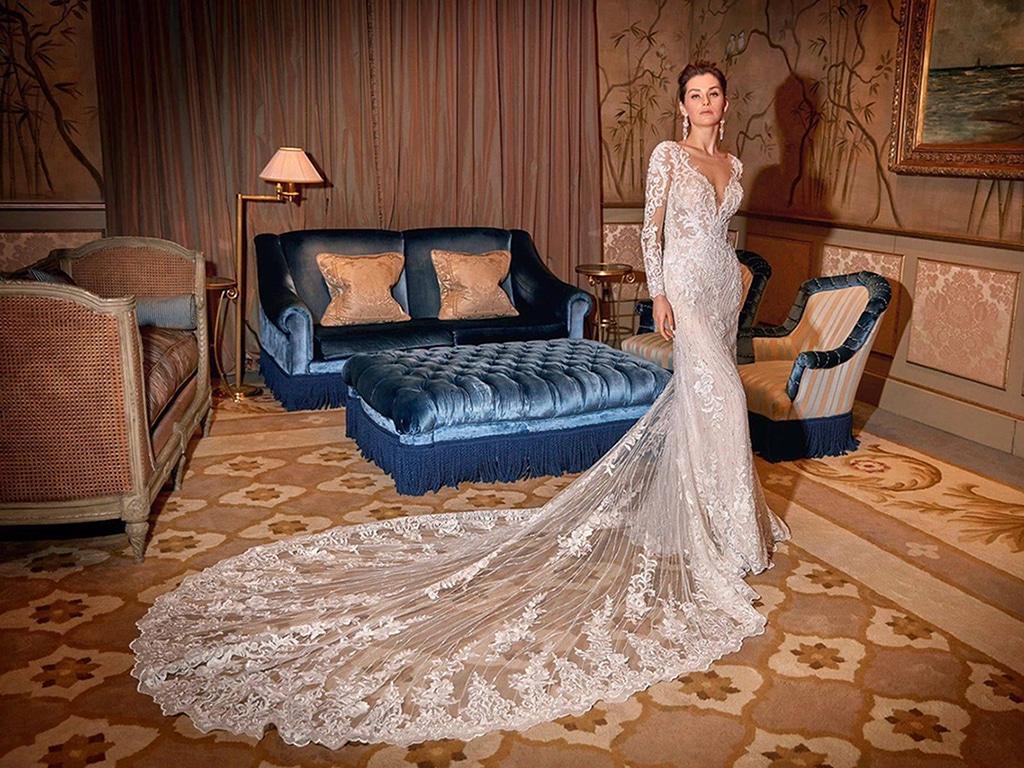 Demetrios Platinum menyasszonyi ruha DP437
