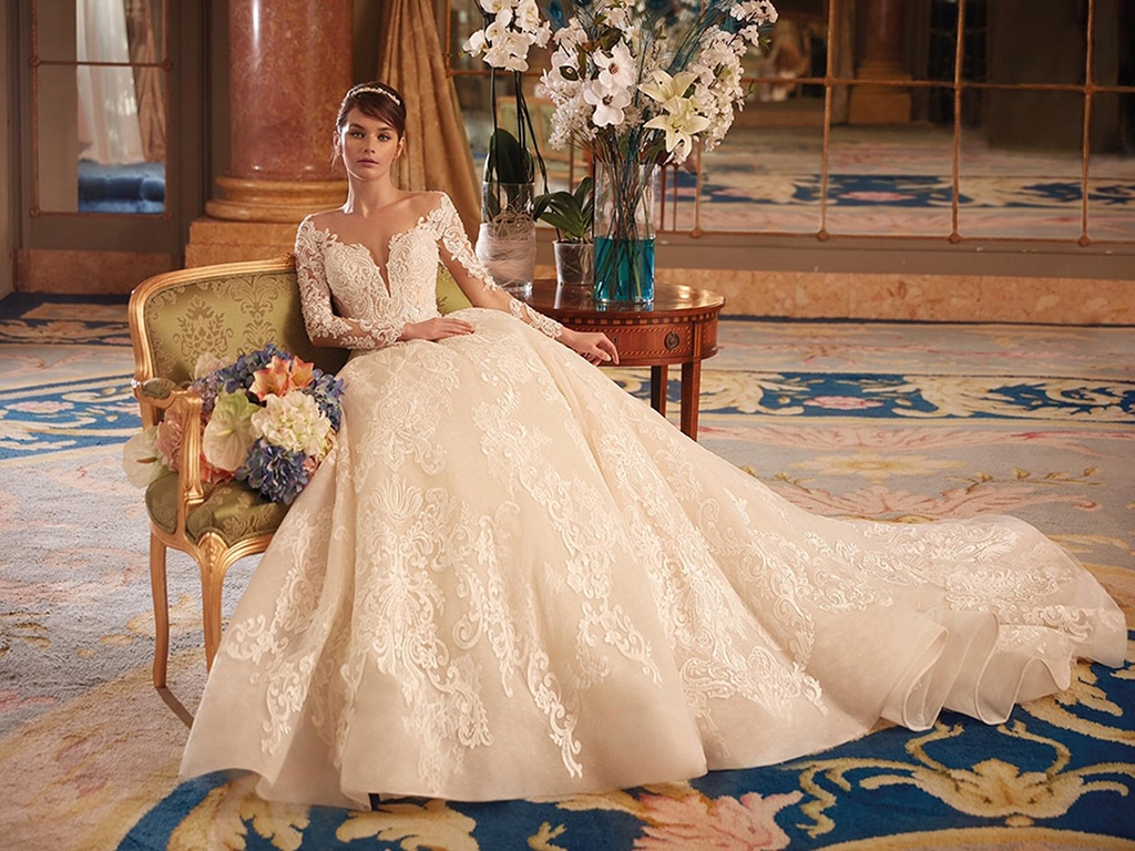 Demetrios Platinum menyasszonyi ruha DP447