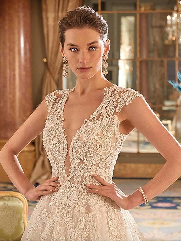 Demetrios Platinum menyasszonyi ruha DP427